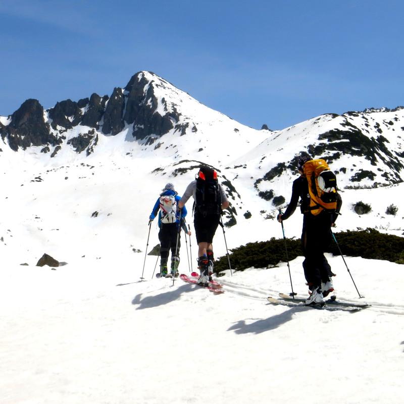 Ски преход до Тевно езеро